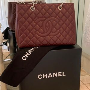 6321919f344123 Women's Chanel Tote Bag Caviar on Poshmark